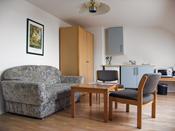 renovierte geräumige Zimmer mit 30m² in der Fehmarn Urlaubs Unterkunft